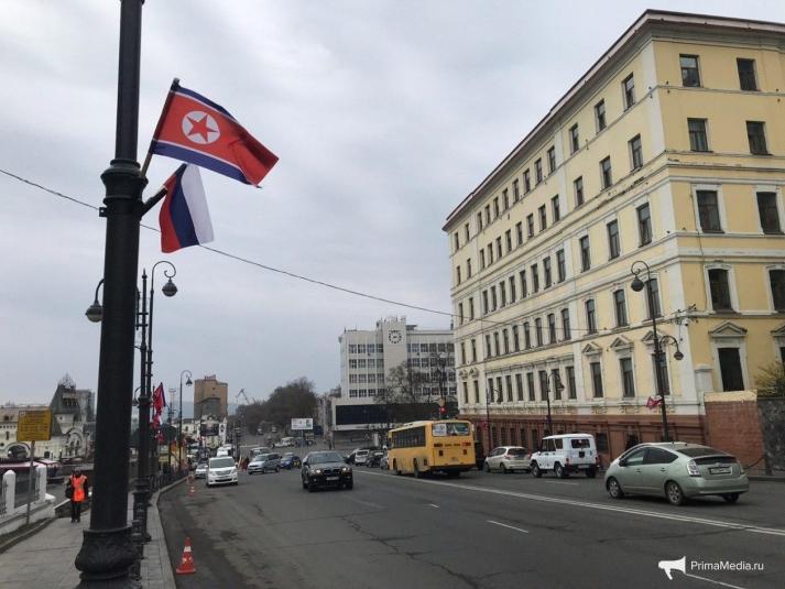 Военные истребители закрыли небо над Владивостоком перед приездом Ким Чен Ына (ВИДЕО)