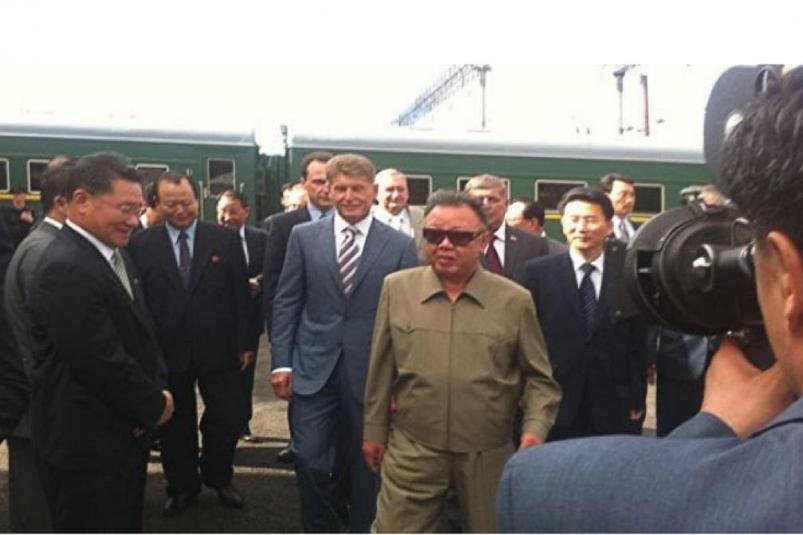Олег Кожемяко показал фото с отцом Ким Чен Ына времен губернаторства в Амурской области