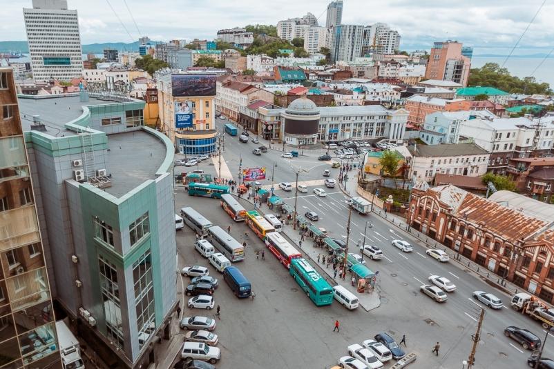 Автобусы Владивостока меняют движение 9 мая